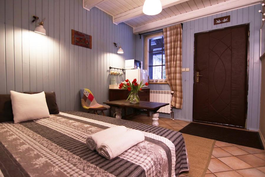 Pokój 2-3 osobowy z osobnym wejściem 1